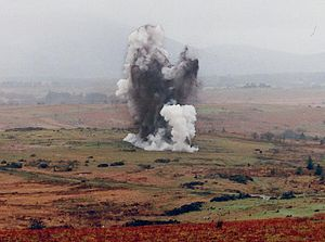 English: Detonation of explosives.